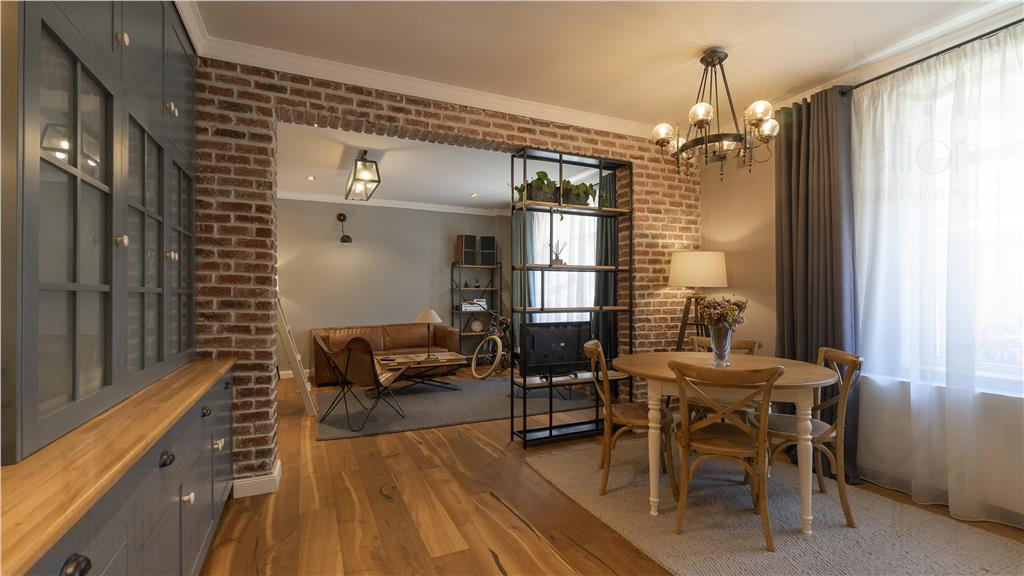 Apartament superb in stil Retro cu 2 camere in zona Semicentrala!