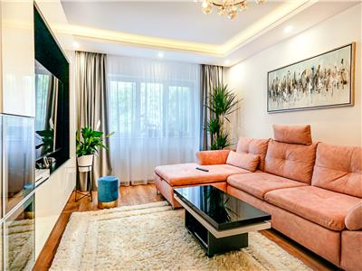 Apartament lux, 3 camere, 2 bai, Zorilor!