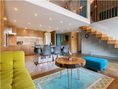 ✅** Apartament superb pe doua niveluri, Ultrafinisat, Semicentral **