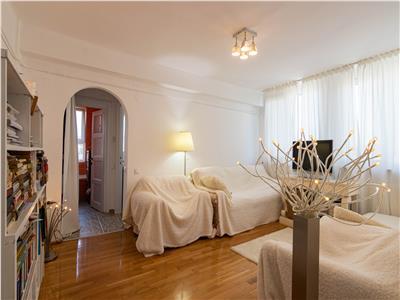 ✅** Apartament cu 2 camere, in Piata Mihai Viteazu **