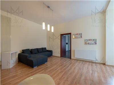 Apartament superb cu 3 camere in zona Centrala!