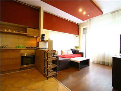 Apartamanet modern cu 3 camere, Plopilor!