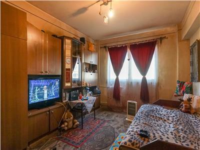 Ideal pentru investitie, 2 camere decomandate, P-ta Marasti!