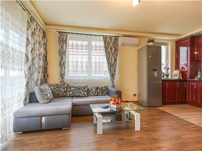 Apartament 3 camere, balcon, garaj, parcare, Buna Ziua!