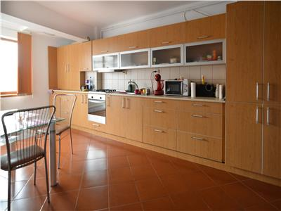 Apartament 2 camere decomandate   65 mp   Piata Cipariu